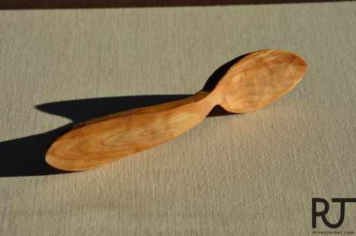 bent child spoon 2:3